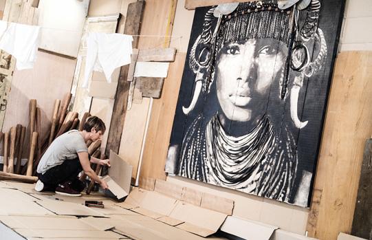 Illustration d'artiste exercant leur art